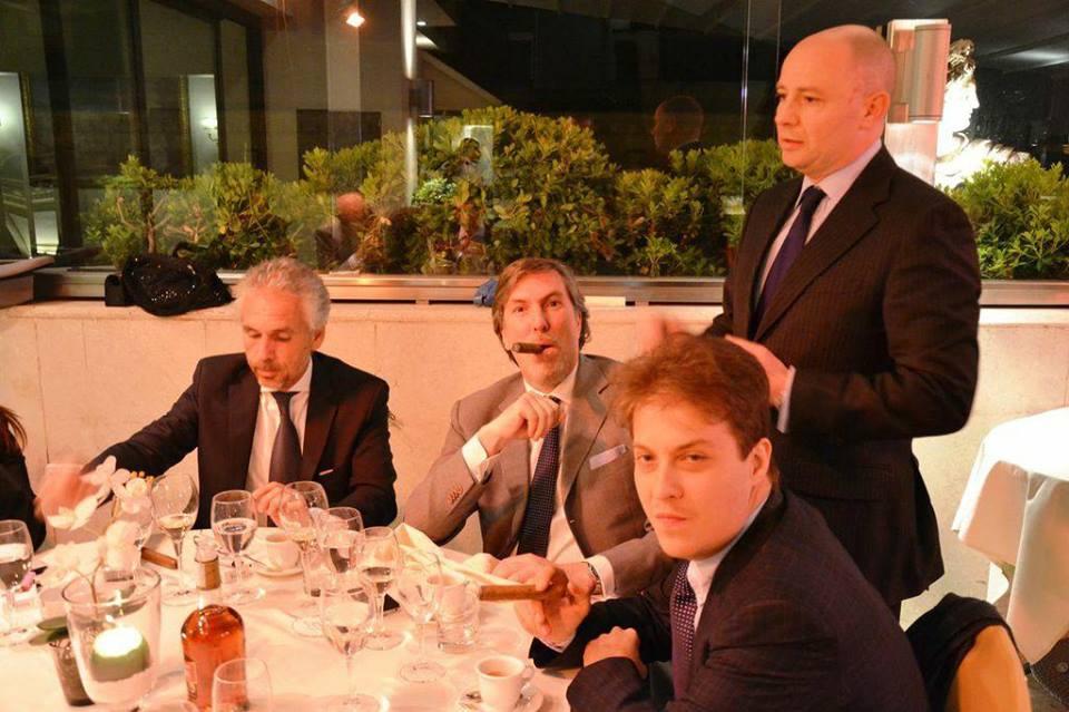 """""""Vivere alla Bond"""""""
