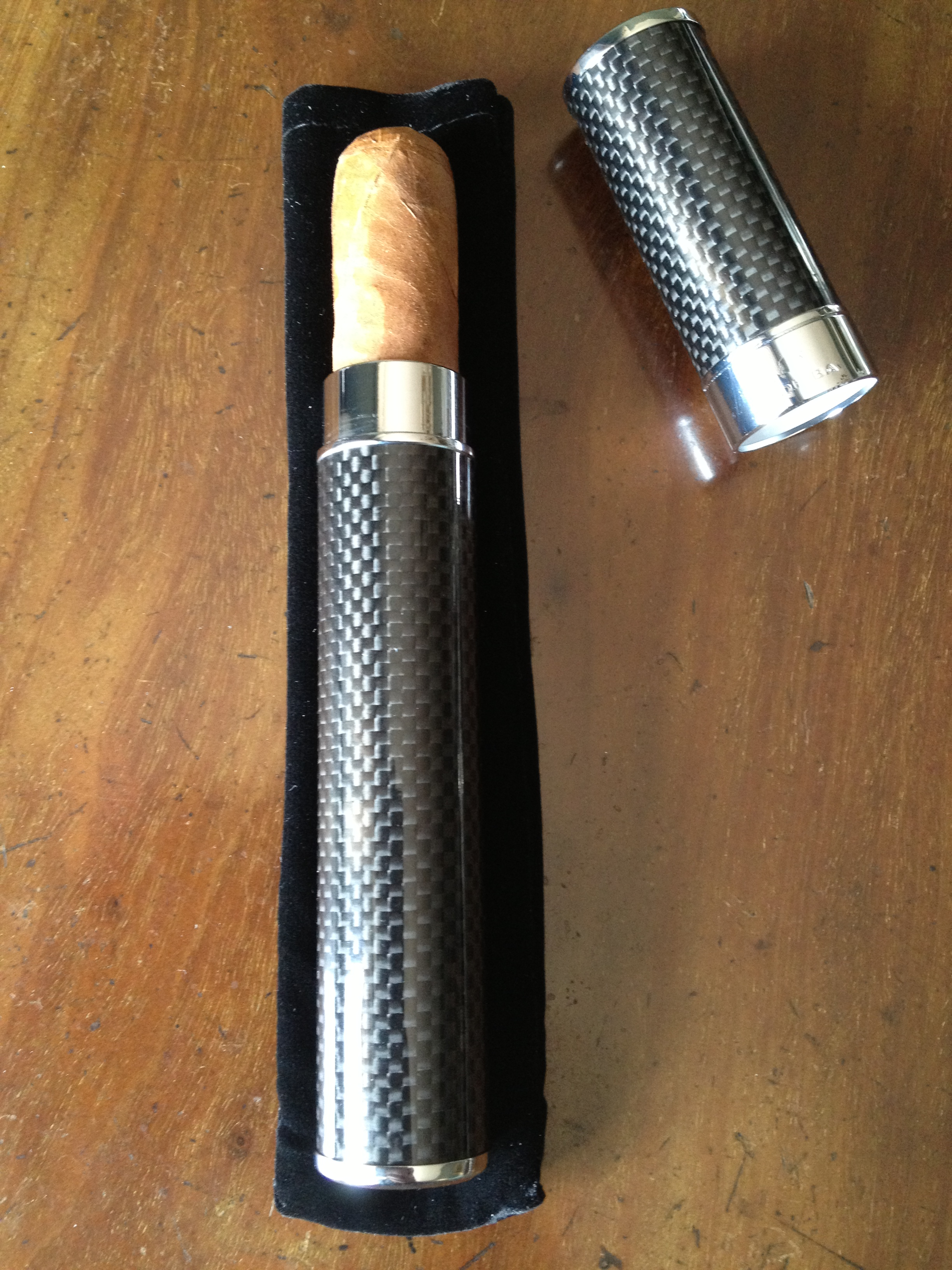 """6: Cohiba Single Cigar Case """