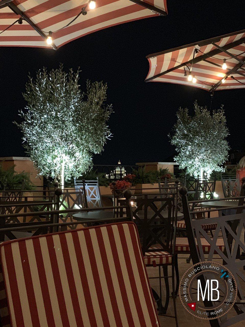 """""""Hotel de la Ville"""""""